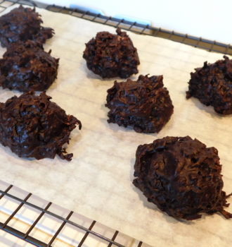 Small-batch Chocolate Coconut Macaroons #Choctoberfest