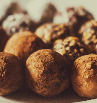 Chocolate Truffles #Choctoberfest