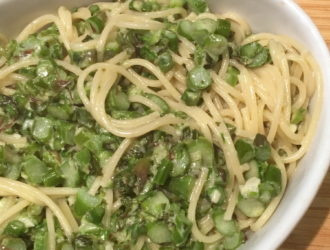 Pasta with Asparagus and Mint